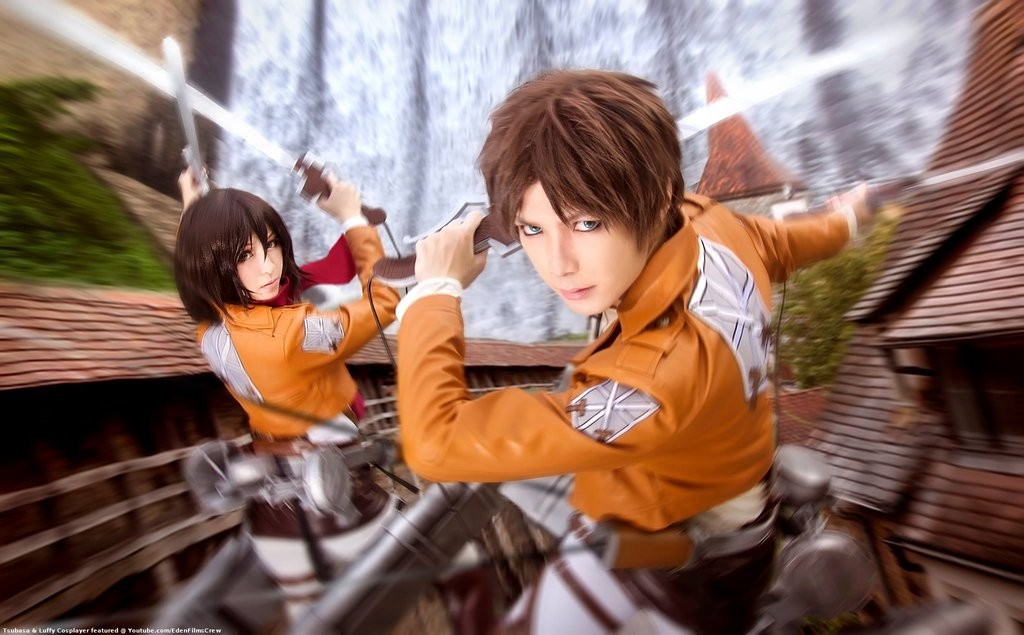 Attack on Titan Cosplay 3