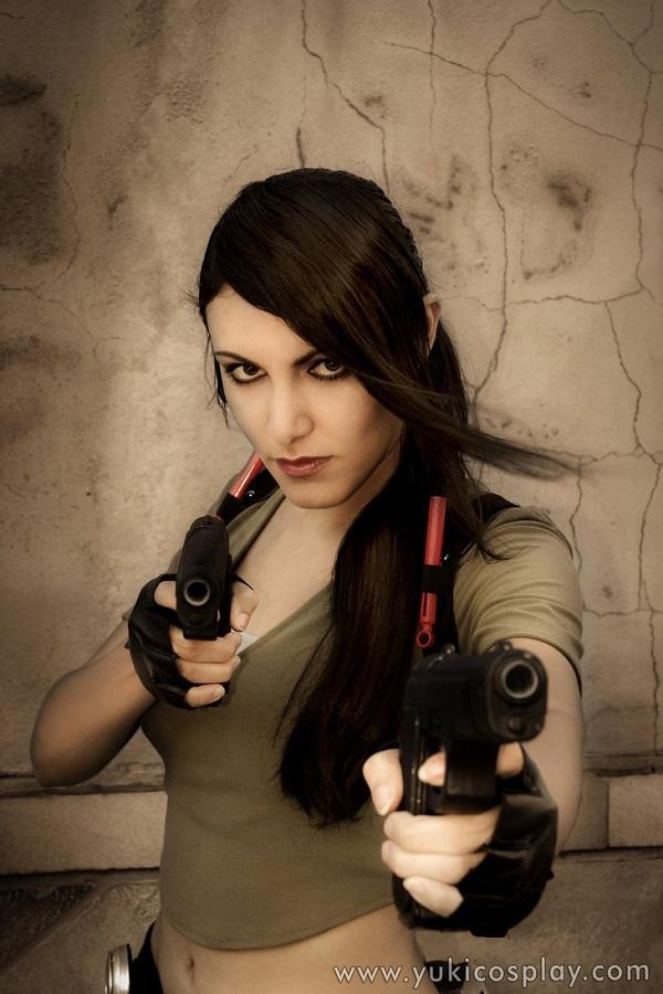 Lara 11