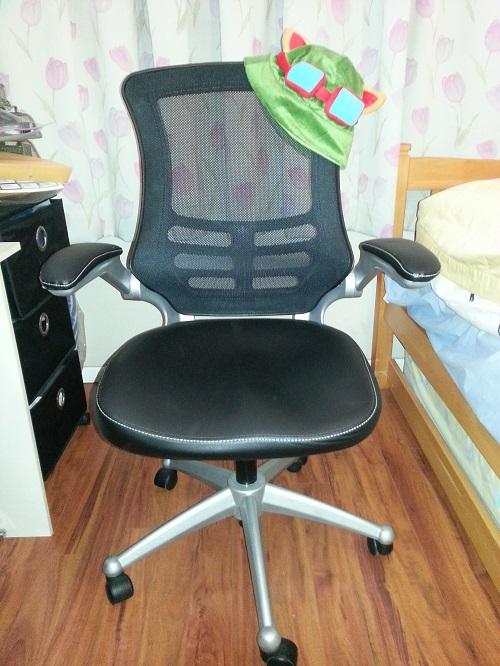 LexMod Office Chair for League