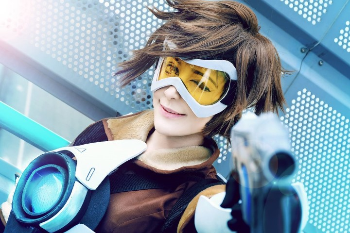tracer_overwatch__by_greeniicosplay-da53jb4 (Small)