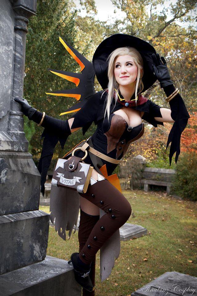 overwatch mercy cosplay